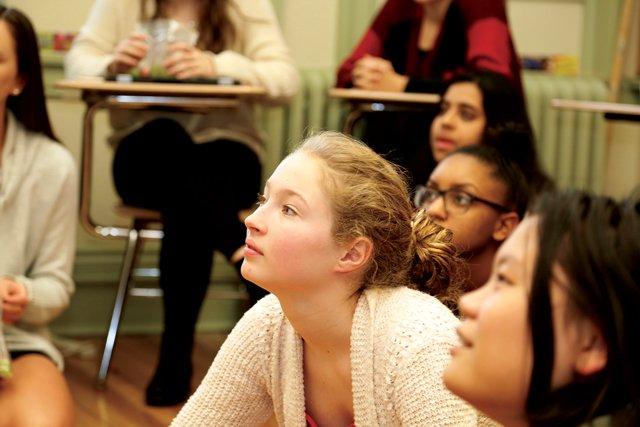 Students-looking-up-cmyk.jpg
