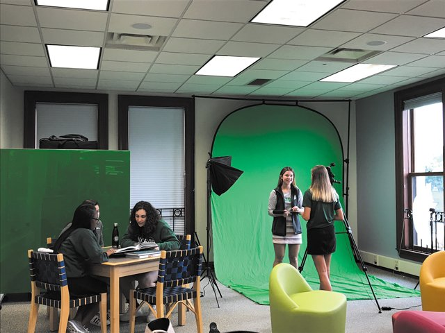 Green-Screen-students-cmyk.jpg