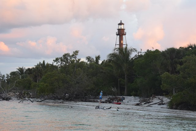 sanibellighthouse-(1).jpg