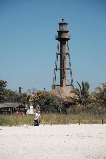 sanibellighthouse.jpg