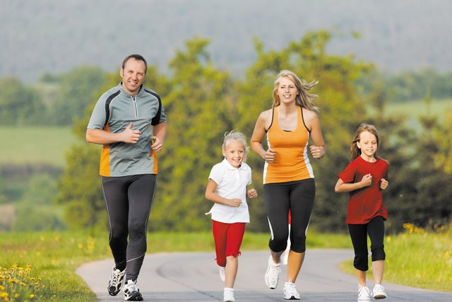 Family-Running.jpg