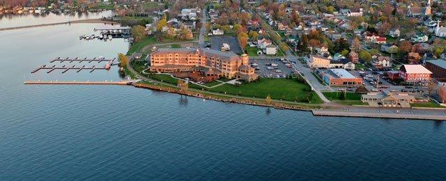 1000Islands-Harbor-Hotel.jpg