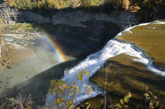 rainbowbelowfalls.jpg