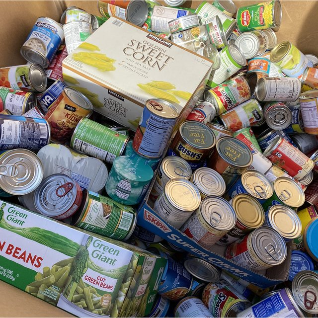 Food Drive at Prime Outlets