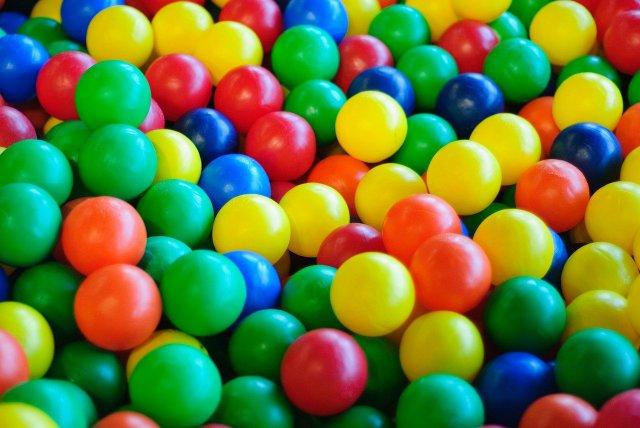 balls-798372_1280.jpg