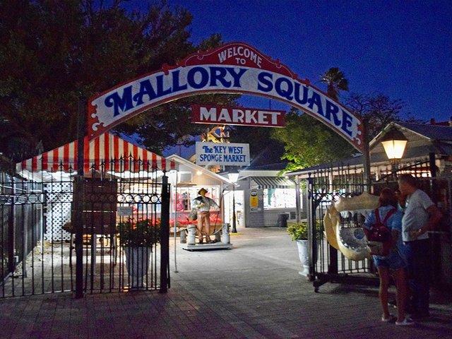 mallorysquare2.jpg