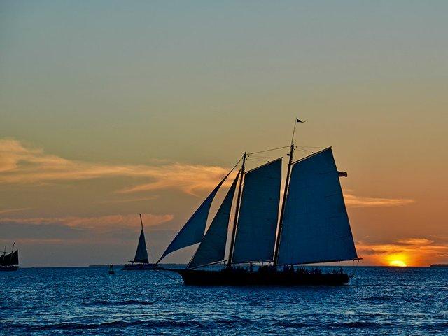 sailingatsunset.jpg