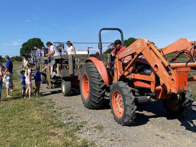 Tractor-Wagon-Ride.jpg