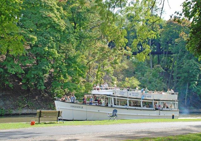 lockportboat.jpg