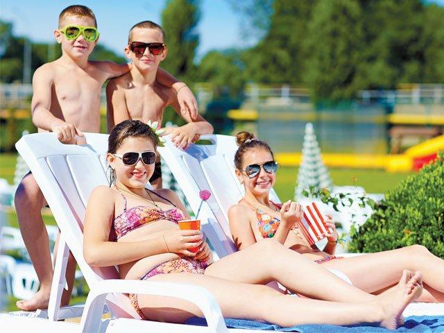 Teens-by-the-Pool.jpg